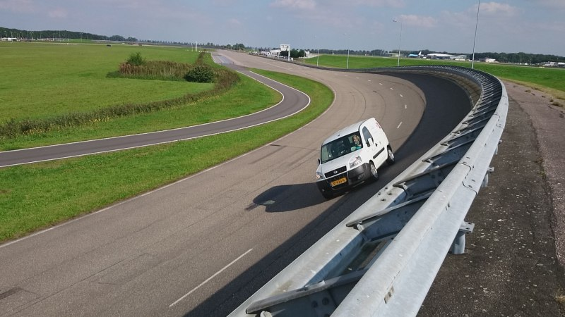 FIAT DOBLO OP RDW TESTBAAN: GOEDGEKEURD!